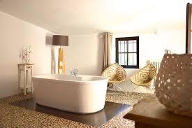 chambre d hote pernes les fontaines chambres d hôtes le temps suspendu chambres et suite à pernes les