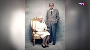 64 ans de mariage la reine elizabeth ii et le prince philip fêtent leurs 70 ans de