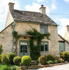 cotswolds cottage the honey pot a sweet cottage in the cotswolds