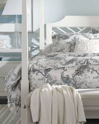Bedspreads And Duvet Covers Shop Luxury Bedding Bed Linens And Designer Bedding Ethan Allen