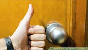 How To Unlock A Bathroom Door Knob 3 Ways To Pick A Lock With Household Items Wikihow