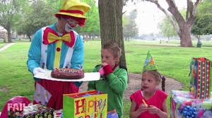 birthday clowns it tougher than you think i ll take that birthday clown fail