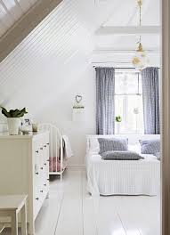 how to choose the perfect shade of pale for your walls daily