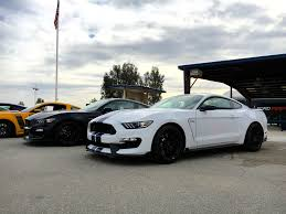 the shelby mustang 2016 ford mustang shelby gt350 review autoweb