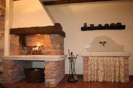 camini per interni gallery of caminetti in pietra rivestimenti in pietra per interni