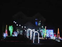 janet u0027s cool christmas lights synchronized to music 2013