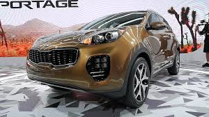 2017 kia sportage gets bigger and gains bulbous new duds autoblog