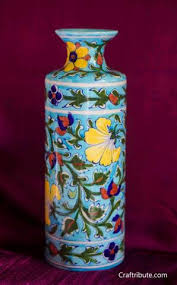 Clay Vase Painting Circular Clay Vase