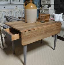 la table de cuisine la table de cuisine pliante 50 idées pour sauver d espace