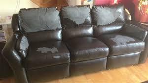 cuir canapé craquelé renover un canape en cuir craquele nouveaux modèles de maison