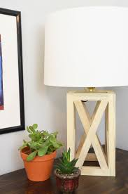 Woodworking Plans Desk Lamp by Best 25 Wooden Table Lamps Ideas On Pinterest Rustic Wooden
