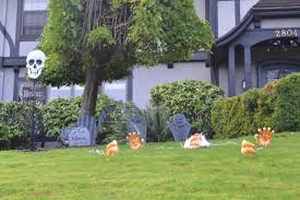 halloween front porch decoration with black crows the invade for