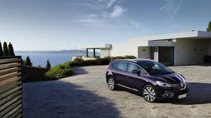 renault luxes up scenic grand scenic with initiale paris models
