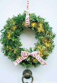 artificial boxwood wreath diy faux christmas boxwood wreath that lights up hometalk