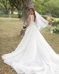 The Wedding Dress 9 Things You You Need To Know About Nikki Gil And Bj Albert U0027s