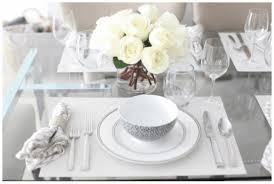 how many place settings how to stylize white place settings for every day annsliee