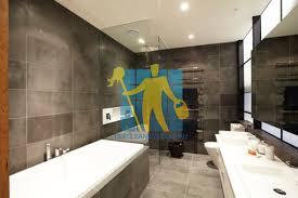 Light Tile With Dark Grout Melbourne Bluestone Tile Cleaning Experts Melbourne Tile Cleaners