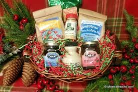 maine gift baskets maine gift baskets from on the farm maine wreaths