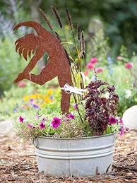 creative handmade garden decorations 20 recycling ideas for