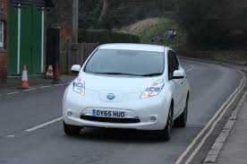 nissan leaf acenta review 2016 nissan leaf 30kwh tekna review car reviews driver u0027s seat