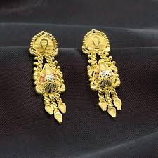 yellow gold 22k the bengali gold earrings candere