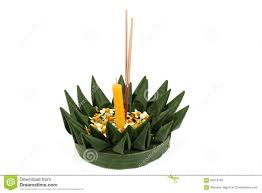loy krathong festival krathong made of green banana leaves