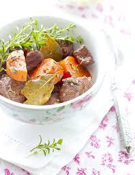 cuisiner boeuf bourguignon bœuf bourguignon facile thermomix pour 6 personnes recettes