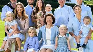 swedish royal family send summer greetings with gorgeous photo