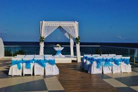 azul fives wedding sky deck setup for the wedding picture of azul resort the