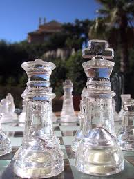 file glass chess pieces king and queen jpg wikimedia commons