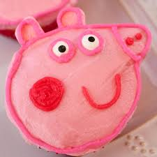 Peppa Pig Birthday Decorations Peppa Pig Cupcakes Two Sisters Crafting
