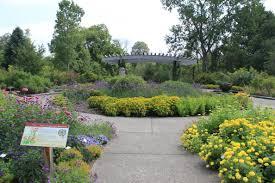 World Botanical Gardens File Matthaei Botanical Gardens Gateway Garden Of New World Plants