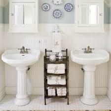 bathroom pedestal sink ideas pedestal sinks are the backbone of country style bathrooms bonus