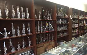 halloween stores in kansas city missouri get your halloween smoke on at smoke tokz smoke shop kc smokz
