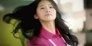 Flips Hair Meme - appreciation yoona s hair flips celebrity photos onehallyu