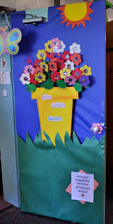 spring ideas backyards ideas about classroom door decorations
