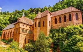 free picture house architecture palace castle old facade