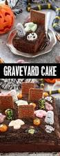 Halloween Decorations Cakes Best 25 Graveyard Cake Ideas On Pinterest Chocolate Birthday