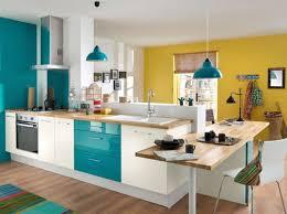 cuisine gris et bleu modèle decoration cuisine gris et jaune