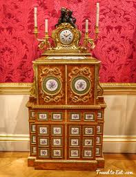 wallace collection filing cabinet and clock cabinet by jean françois leleu 1766 67