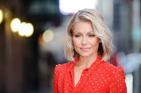 how does kelly ripa style her hair ryan seacrest is kelly ripa s new live co host instyle com