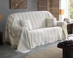 plaid sur canapé plaid pour canape 3 places