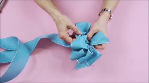 loopy bow diy how to tie a loopy bow