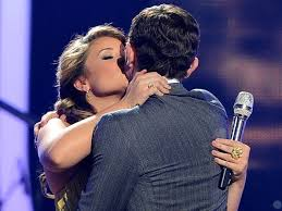 scotty mccreery fan club scotty mccreery and lauren alaina dating american idol runnerup