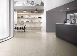 vinylboden für küche küche bodenbelag vinylboden küchenideen wohnideen