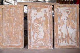 how to paint wood grain cabinets filling wood grain before painting oak cabinets craving
