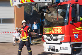 Feuerwehr Bad Kreuznach Feuerwehr Saarburg Und Drk Simulieren Den Ernstfall U2013 Saar Mosel News