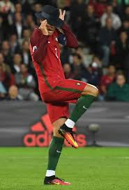 Memes De Ronaldo - terrified cristiano ronaldo the 13 funniest photoshop mock ups
