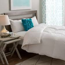Types Of Duvet Down Comforters Vs Down Alternative Comforters Overstock Com