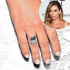 Kim Kardashian Wedding Ring by Cost Of Kim Kardashian Engagement Ring Kanye 3 Ifec Ci Com